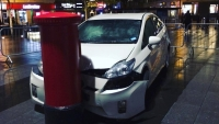 The_Grand_Tour_crashed_Toyota_Prius_08_800_600
