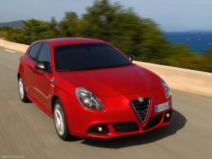 Alfa_Romeo-Giulietta_Quadrifoglio_Verde_2014_800x600_wallpaper_0f