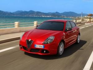 Alfa_Romeo-Giulietta_Quadrifoglio_Verde_2014_800x600_wallpaper_12