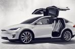 Tesla Model X bude ještě levnější, jaká bude její cena?