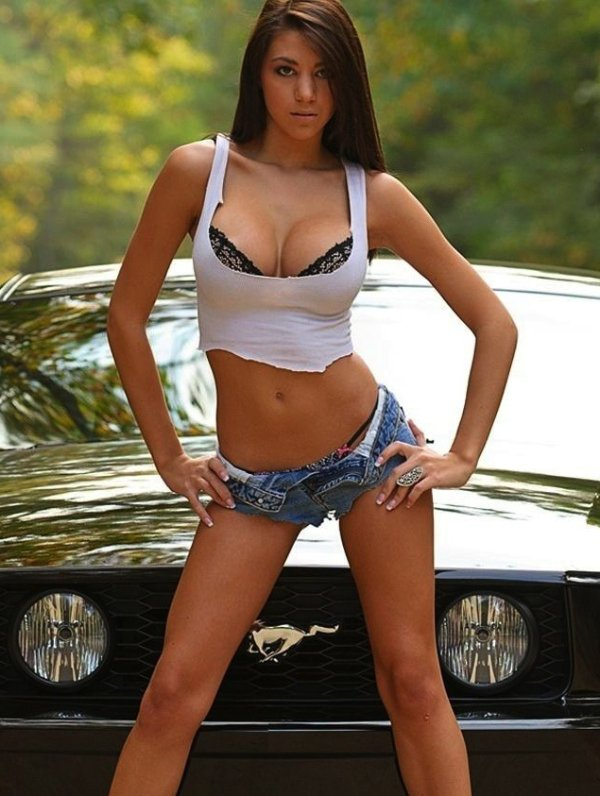 z5-car-girls-bad-idea-01_08_16-600-7