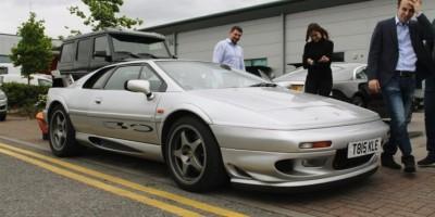 Porsche Richarda Hammonda je prodané. Podívejte se, jakou si pořídil náhradu