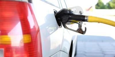 Proč nebudeme v příštích dvaceti letech jezdit auty na naftu?